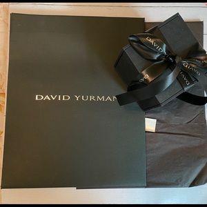 ✅David Yurman gift bag and gift box set.